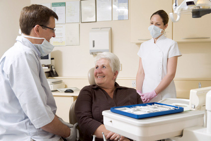 pensioner_u_stomatologa